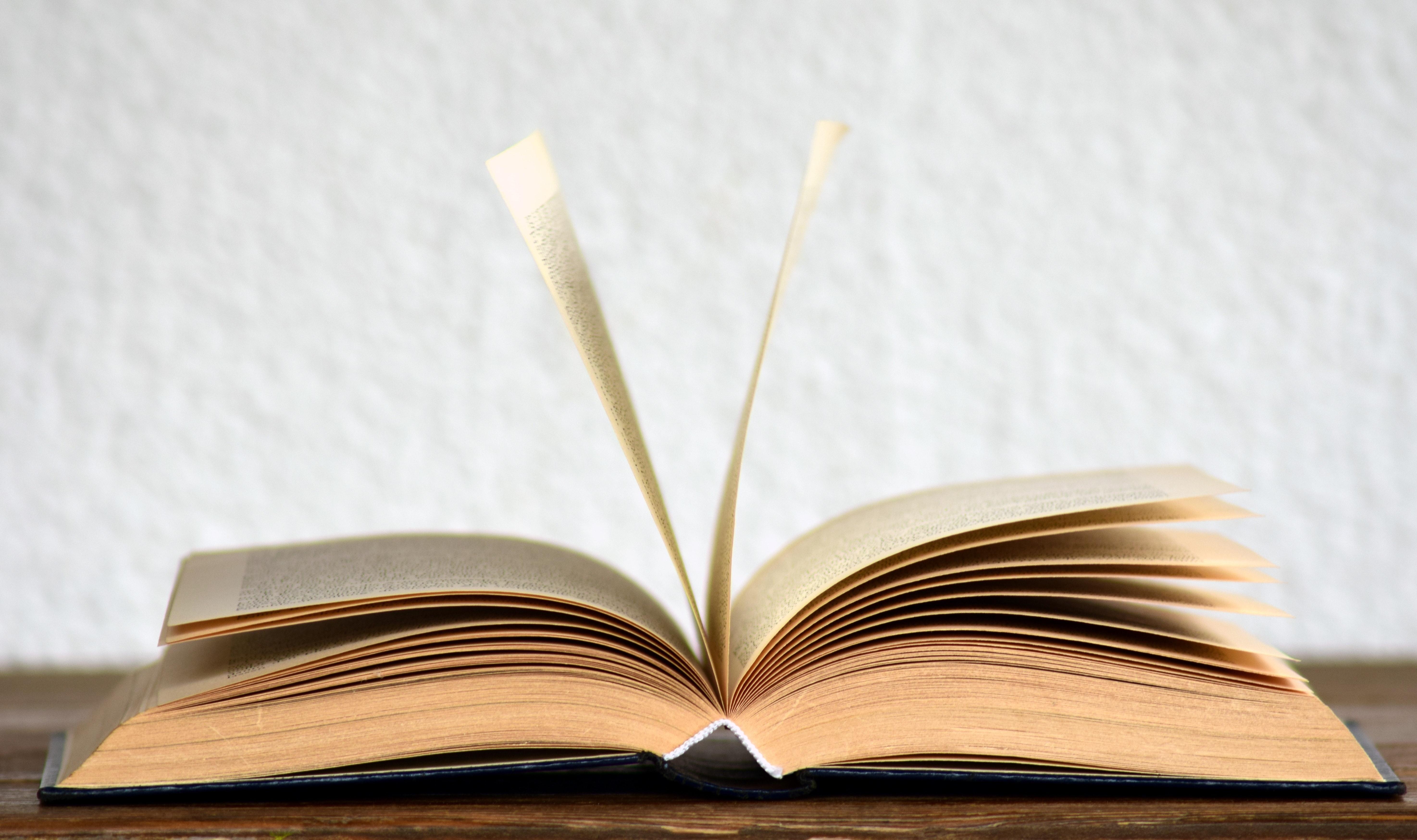 Nyereményjáték könyvek